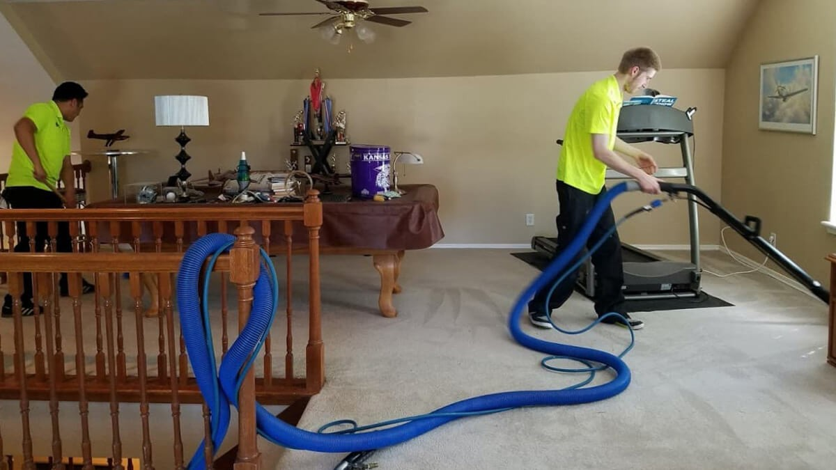 How to Clean Carpet - Do's & Don'ts